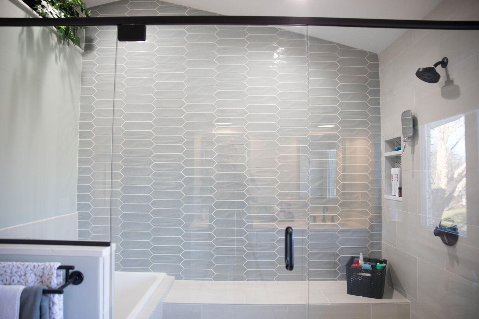 Contemporary Bathroom in Des Moines IA 3