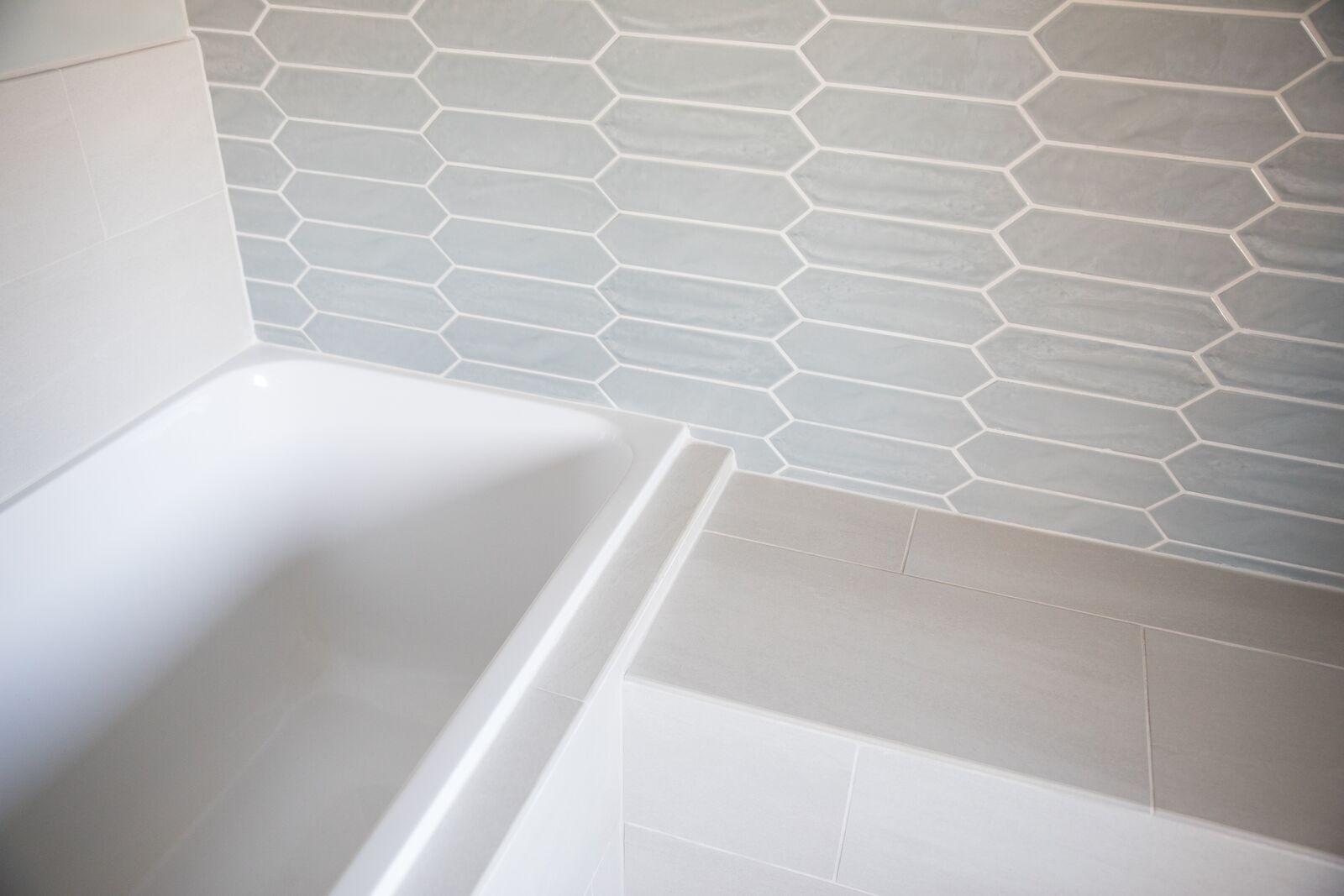 Contemporary Bathroom in Des Moines IA 6