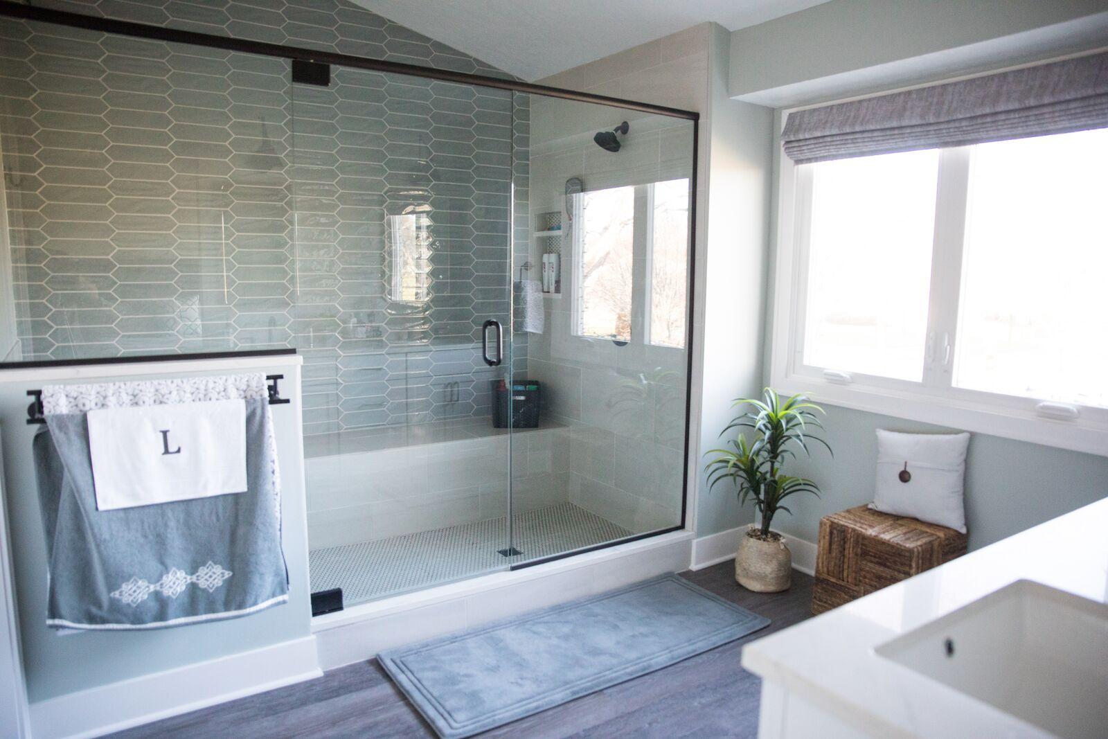Contemporary Bathroom in Des Moines IA